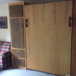 Murphy bed put away
